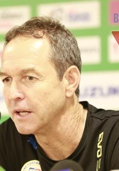 """HLV Philippines Thomas Dooley thuộc hàng """"số má"""" của bóng đá thế giới"""