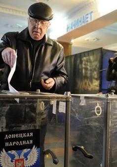 Bầu cử tại miền Đông Ukraine diễn ra trong không khí yên bình