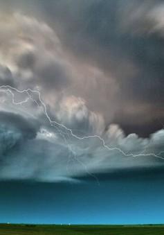 """Những hình ảnh """"săn bão"""" đẹp không tưởng"""
