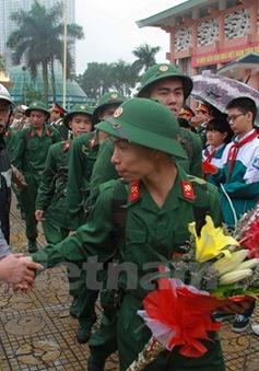 Hà Nội: Sôi nổi Lễ giao nhận quân đợt 1 năm 2015