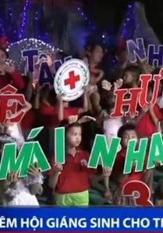 Ấm áp đêm hội Giáng sinh cho trẻ khuyết tật