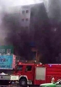 Trung Quốc: 92 trẻ nhập viện do cháy trung tâm thương mại
