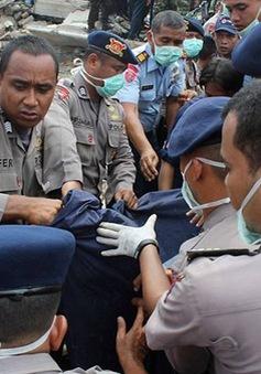 Indonesia: Máy bay quân sự lao xuống khu dân cư chỉ 2 phút sau khi cất cánh