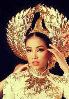 Cận cảnh chiếc mấn mạ vàng của Phạm Hương tại Hoa hậu Hoàn vũ 2015