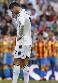 Hòa hú vía Valencia, Real dâng ngai vàng cho Barcelona