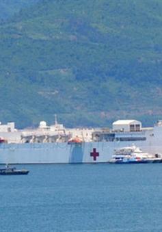 """Tàu bệnh viện """"khổng lồ"""" của Hải quân Hoa Kỳ tới Đà Nẵng"""