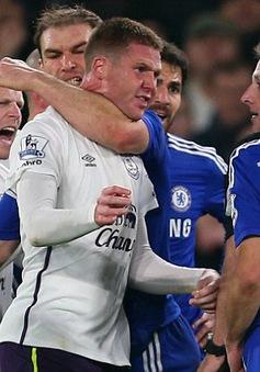 HLV Mourinho tức tối khi bị hỏi về nghi án Ivanovic cắn người