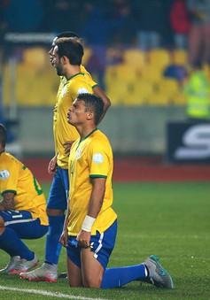 Hàng công tệ hại, Brazil thua Paraguay sau loạt đấu súng trên chấm 11m