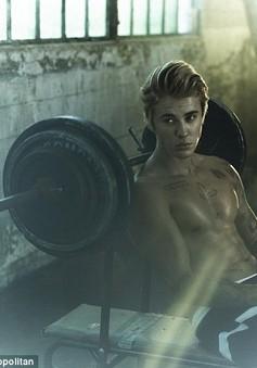 Bỏng mắt với thân hình quyến rũ của Justin Bieber