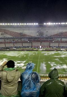 Đại chiến Argentina – Brazil 'gặp họa' vì trời mưa