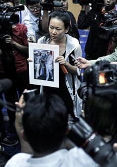 Người nhà nạn nhân MH370 bất bình trước tuyên bố của Malaysia