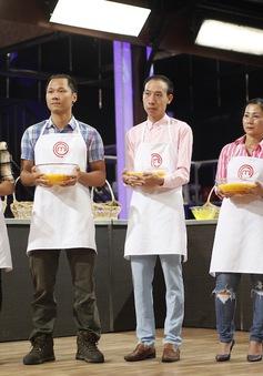 Vua đầu bếp Việt 2015: Thí sinh top nguy hiểm hoảng loạn khi làm món gà