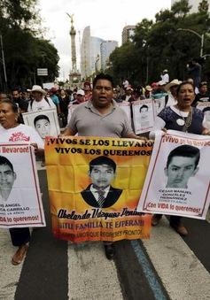 Mexico sẽ mở lại cuộc điều tra vụ 43 sinh viên mất tích