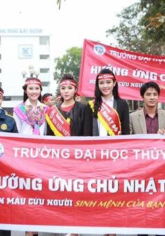 Các Hoa hậu, Á hậu tham gia ngày hội hiến máu Chủ nhật Đỏ 2015