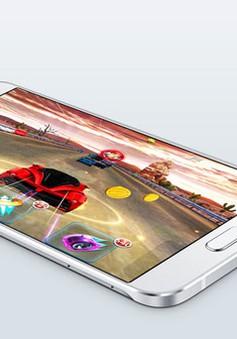 Smartphone mỏng nhất của Samsung chính thức ra mắt