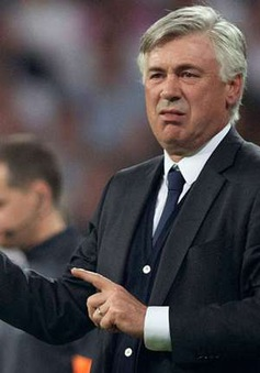 Bị Real Madrid sa thải, Ancelotti sẽ về AC Milan?