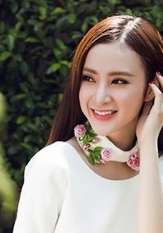 Angela Phương Trinh bất ngờ trở lại ca hát