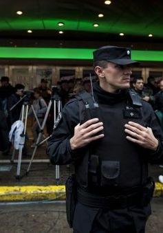 Argentina bắt 5 người Syria mang hộ chiếu giả