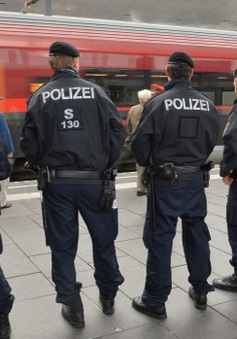 Các nước châu Âu tăng cường kiểm soát biên giới