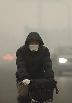 Bắc Kinh phát báo động đỏ lần hai vì ô nhiễm không khí