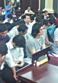 Xét xử 66 bị cáo trong đường dây đánh bạc qua website 188bet.com