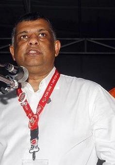 Giám đốc điều hành AirAsia đưa thi thể tiếp viên xấu số hồi hương