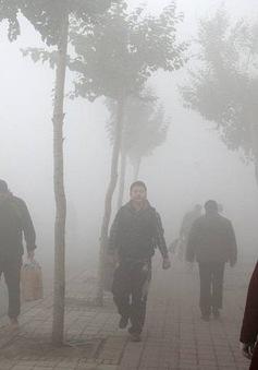Trung Quốc đóng cửa 2.100 nhà máy nhằm giảm thiểu ô nhiễm khói bụi