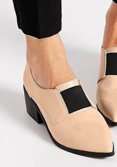 Giày mũi nhọn - Lựa chọn cho những cô nàng cá tính