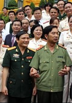 Chủ tịch nước gặp mặt công đoàn viên tiêu biểu trong lực lượng vũ trang