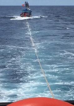 Khánh Hòa: Cứu 9 thuyền viên trên tàu hàng bị mắc cạn