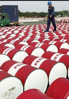 Giá dầu xuống mức thấp nhất trong vòng 2 tháng qua