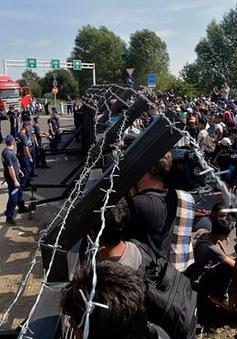 EU triển khai thêm binh lính tới Tây Balkan