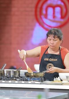 Thí sinh lớn tuổi nhất tiếc nuối chia tay Vua đầu bếp Việt 2015