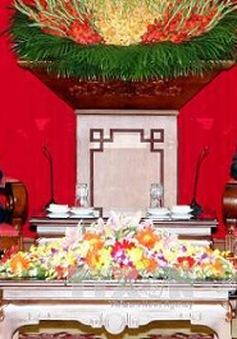 Đồng chí Lê Hồng Anh tiếp Phó Chủ tịch nước Lào