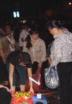 Gánh nặng trên vai người phụ nữ Việt Nam giữa chốn đô thị