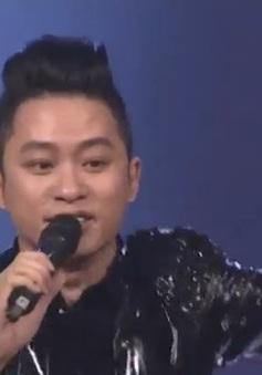 Du ca Việt: Tùng Dương phiêu cùng khán giả với 'Chiếc khăn piêu'