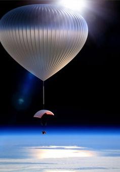 Du hành không gian bằng khinh khí cầu
