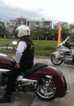 Xe mô tô phân khối lớn gia tăng: Lo ngại về tốc độ, tiếng ồn