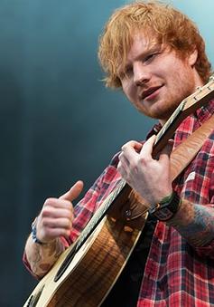 Ed Sheeran được trao bằng Đại học danh dự