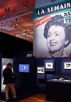 Pháp: Triển lãm ảnh tôn vinh nữ danh ca huyền thoại Edith Piaf