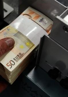ECB nâng mức trợ giúp khẩn cho các ngân hàng Hy Lạp
