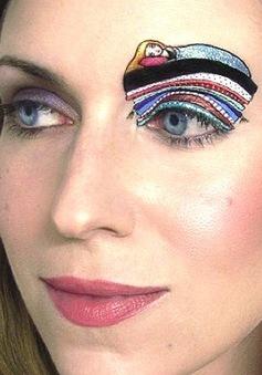 Những kiểu trang điểm mắt siêu độc đáo