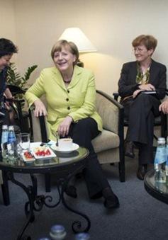Eurozone sẽ họp Thượng đỉnh khẩn cấp về Hy Lạp