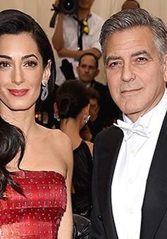 """George Clooney liên tục dành lời """"có cánh"""" cho vợ"""