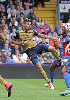 Giroud ghi bàn đẳng cấp, Arsenal giành thắng lợi đầu tay tại Ngoại hạng Anh