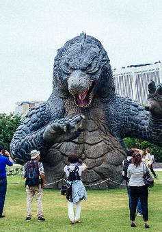 Quái thú Godzilla chính thức trở thành công dân Nhật Bản