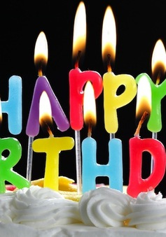 'Happy Birthday' sắp được 'cởi trói' bản quyền?