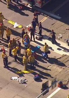 Hiện trường hỗn loạn trong vụ xả súng ở California, Mỹ