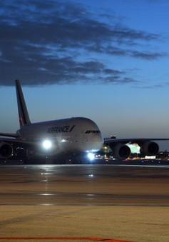 Mỹ hoãn hơn 50 chuyến bay do nghi vấn hành lý