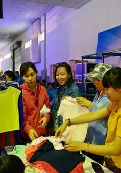 Hội chợ khuyến mại Tết Dương lịch 2016: Nhiều gian hàng giảm giá đến 45%